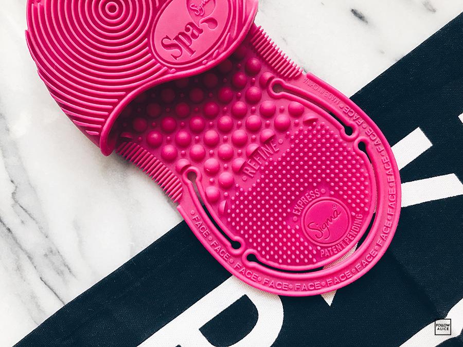 sigma-brush-cleaning-pad.JPG