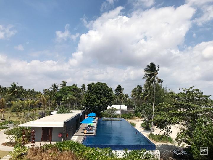 followalice-the-residence-bintan-pool01.JPG