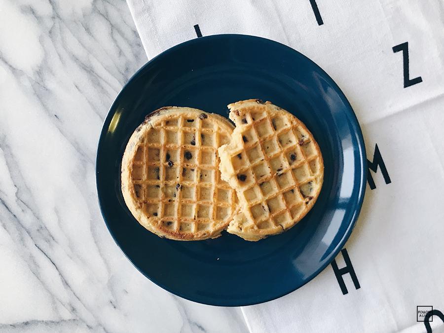 followalice-eggo-waffle-chocolate.JPG